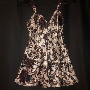 🌻 vintage damask detail chemise slip